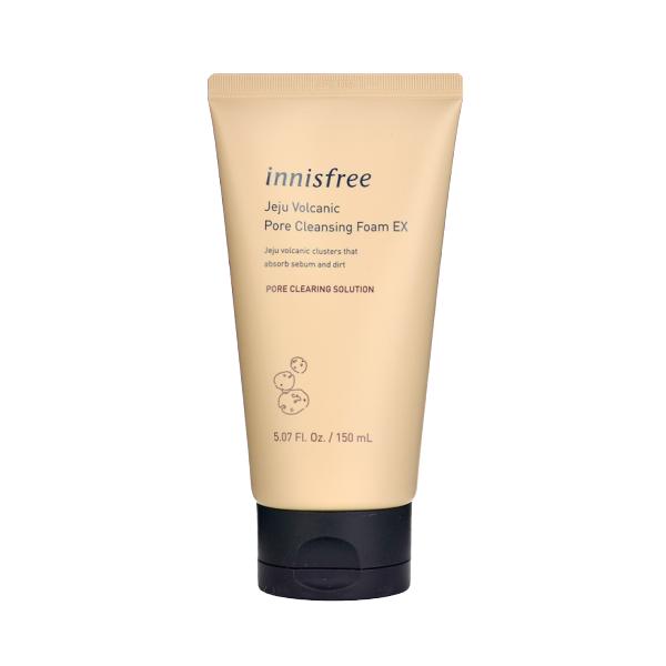 innisfree - Mousse nettoyante pour pores volcaniques Jeju