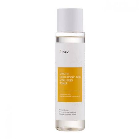 Stylevana - Vana Blog - Beauty Expert Kelly Driscoll Glow Skin - iUNIK - Vitamin Hyaluronic Acid Vitalizing Toner