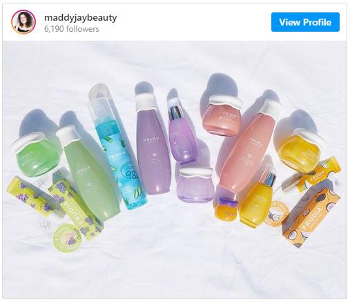 Stylevana - Vana Blog - Insta-worthy Summer Vanity on Instagram - The Rainbow Spread