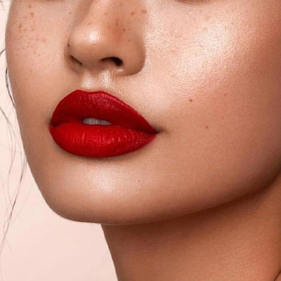 red bold lip makeup