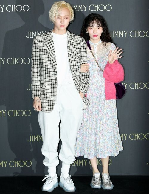 Hyuna E'Dawn Fashion Style Valentine's Day Girlfriend look Jimmy Choo