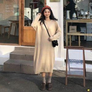 MissLady - Round-Neck Long-Sleeve Plain Knit Midi Dress
