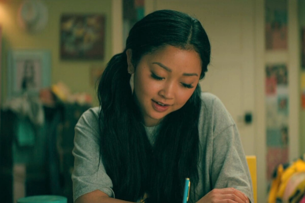 Lara Jean's Natural Faux Lash Makeup Tricks in Netflix To All the Boys, Lana Condor