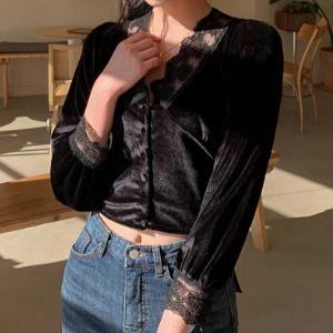 Chi Chi - Long-Sleeve Lace Trim Velvet Blouse